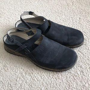Teva women's cork sole mules